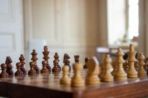 Jouer aux échecs comme un pro
